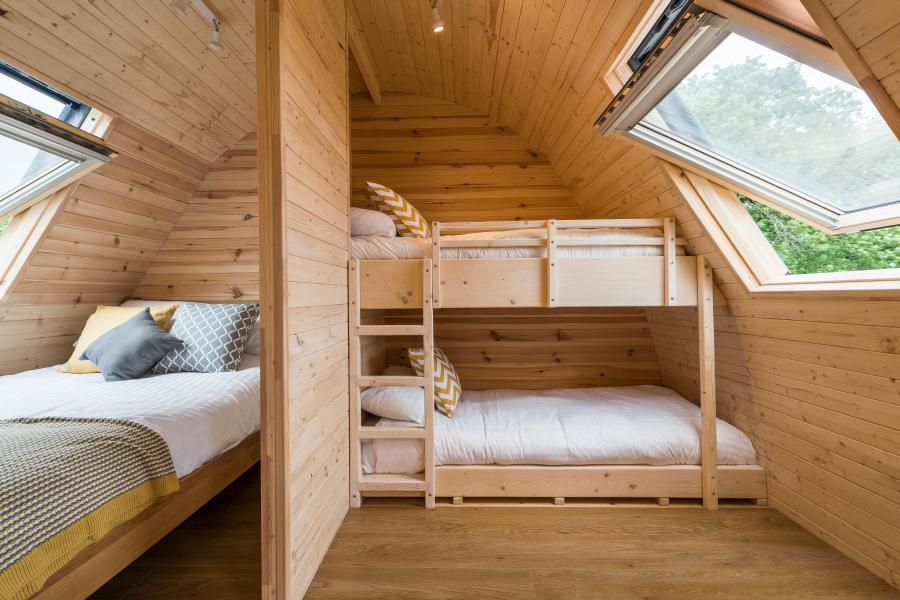 Home 4 – Inside Cabin